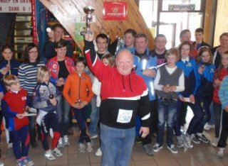 Coach Franky van Hooren shows Open Dutch Club Trophy